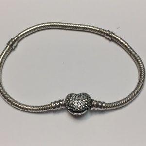 Pandora Pavé Heart Bracelet/Size 7.5
